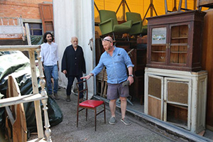 Drew Pritchard Salvage Hunters, antique dealer, t.v.