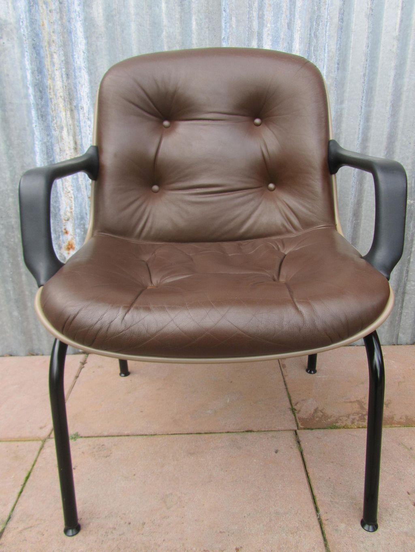 Bureaustoel Bruin Leer.Bruin Leren Vintage Bureaustoel Vergaderstoel Van Charles Pollock