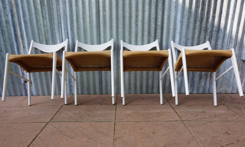 Vintage stoelen ontworpen door peder kristensen voor for Deense meubels vintage