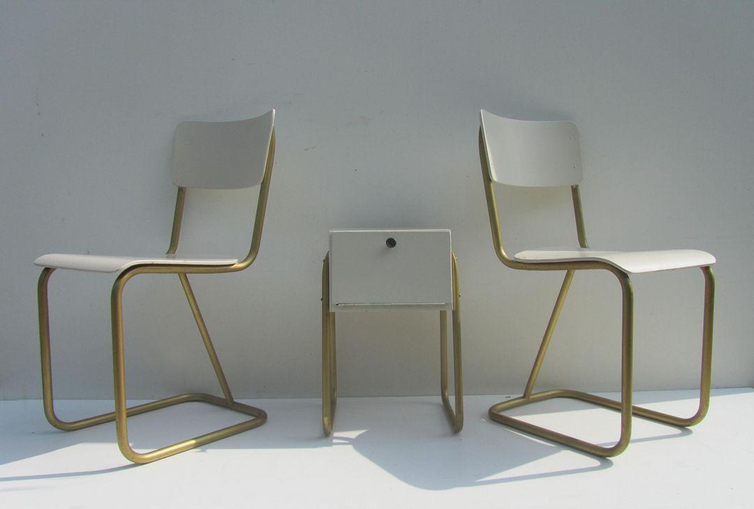 https://www.antiek-design-vintage.nl/images/stories/virtuemart/product/Gispen%20107%20slaapkamer%20set,bedroom%20set,%20stoelen%20107%20gispen-14.jpg