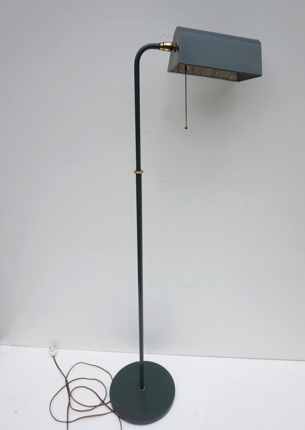 Vintage, industrial, pharmacy, standing, lamp, leeslamp, OMI, Koch & Lowy
