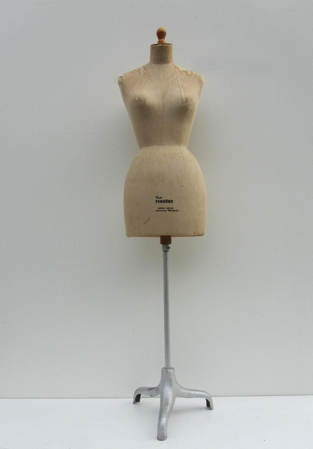 Spiksplinternieuw Oude vintage paspop, buste, mannequin van Vendome, Parisbusta WL-08