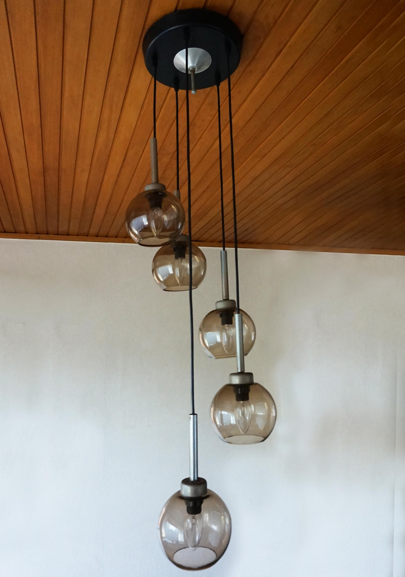 Design Vintage Hanglamp.Mid Century Vintage Hanglamp Met Gerookt Glazen Bollen