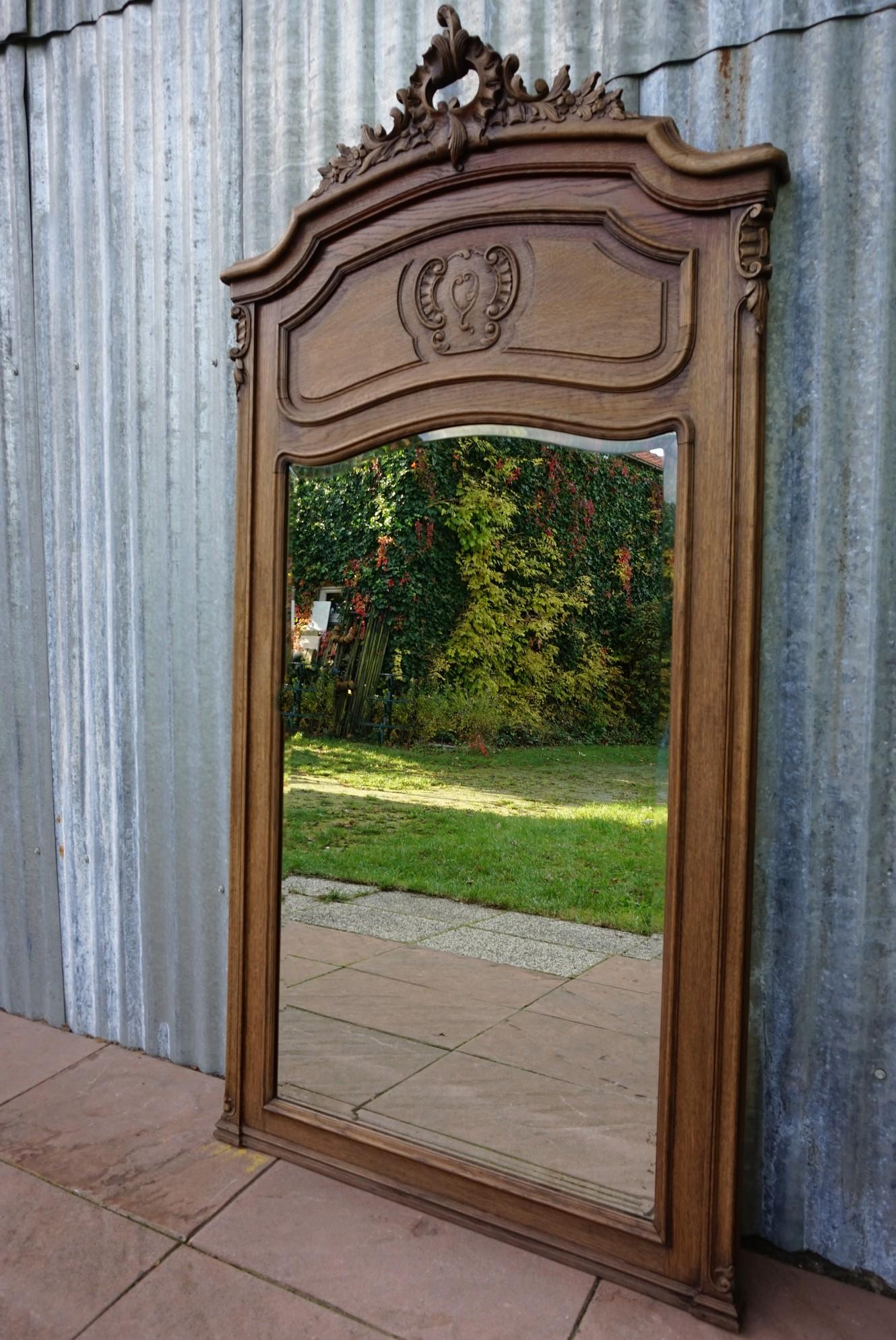 Antiek eikenhouten schouwspiegel met kuif louis xv for Houten spiegel