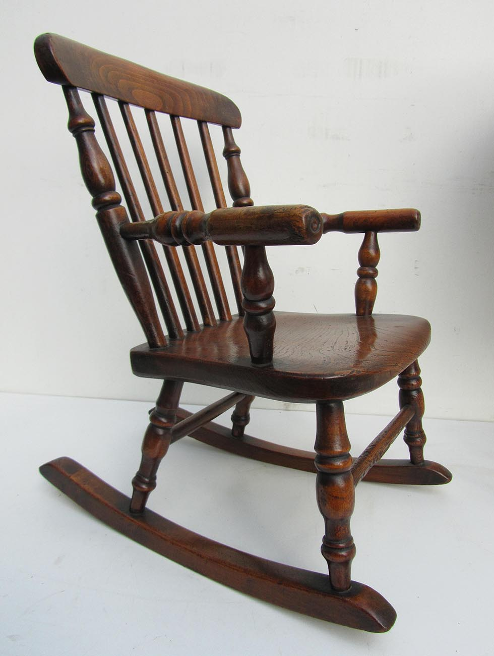Kinder Schommelstoel Wit.Antique English Child S Oak Rocking Chair