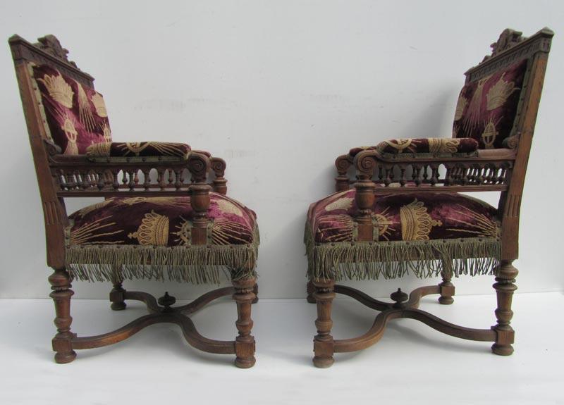 Set van 8 antieke houten kasteel stoelen, kerkstoelen