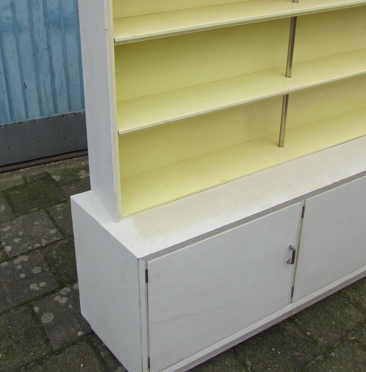 Nederlandse kast boekenkast jaren 39 50 de stijl metz co - Decoratie stijl van de bergen ...