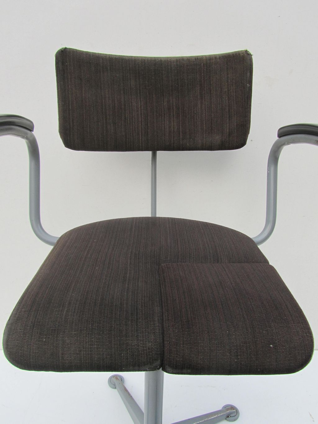 vintage office chair. Friso Kramer Vintage Office Chair