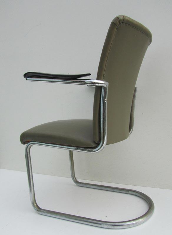 stoel fauteuil perfect sobere industrile fauteuil stoere landelijke design stoel with stoel. Black Bedroom Furniture Sets. Home Design Ideas