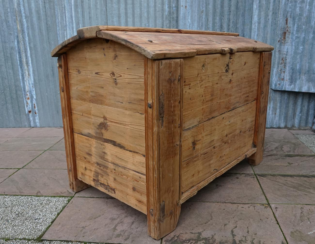 Houten Grote Kist.Large Antique Pine Wood Storage Trunk