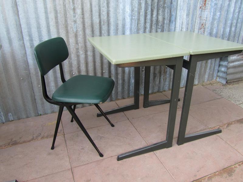 industriel vintage bureau tafel eromes voor horeca cafe restaurant. Black Bedroom Furniture Sets. Home Design Ideas
