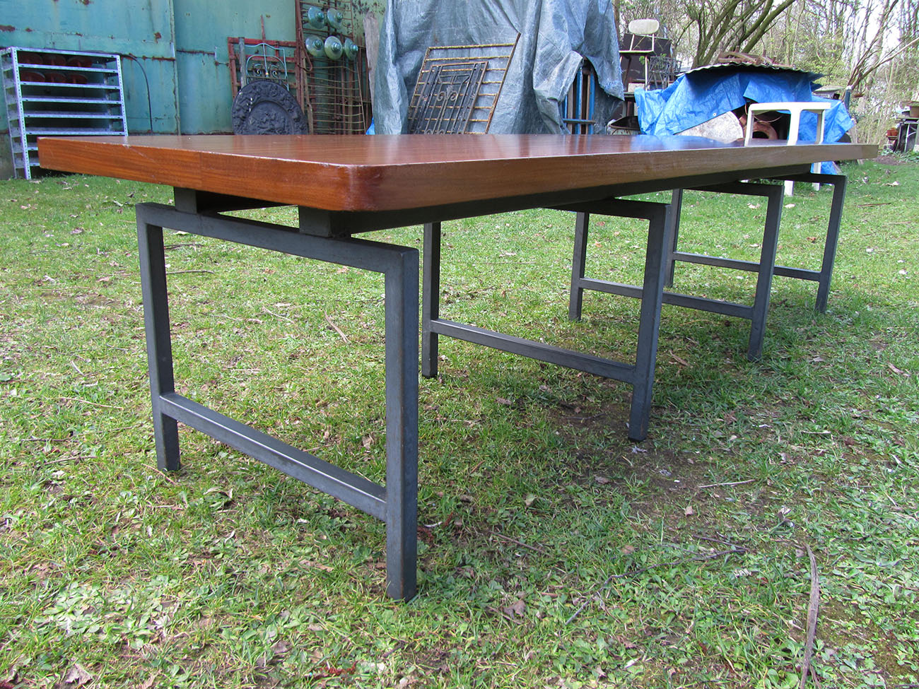 Vintage Industriele Tafel.Industriele Vintage Tafels Sidetables Met Stalen Onderstel