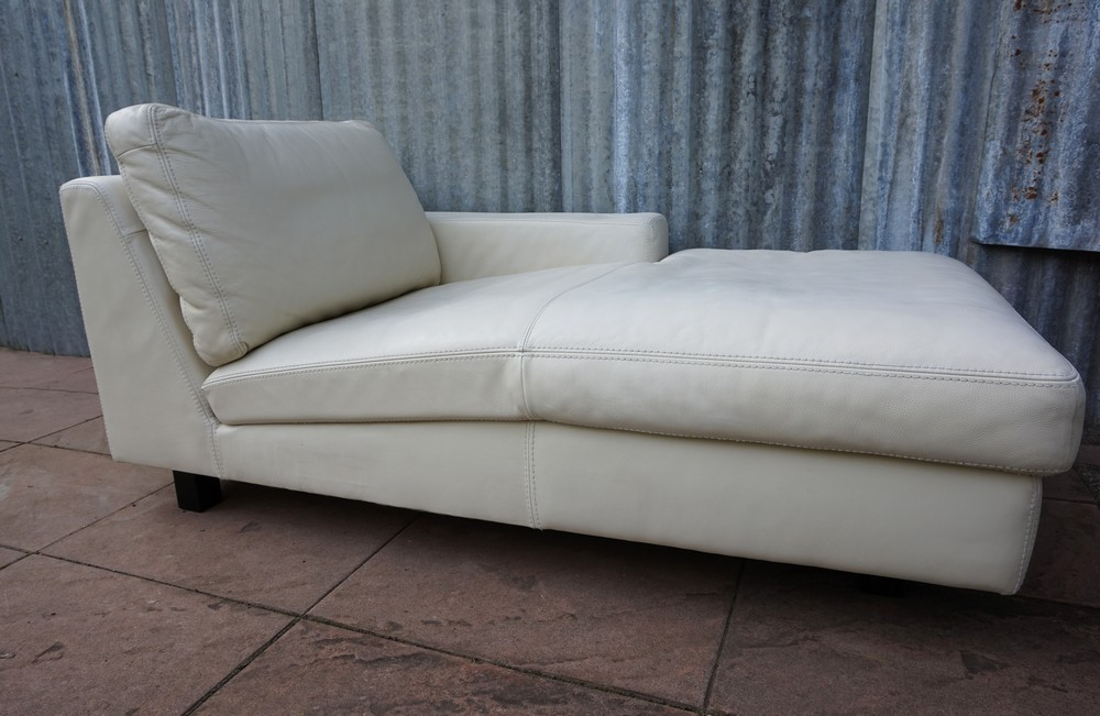 Hoekbank Chaise Lounge.Verkocht Wit Leren Lounge Bank Chaise Longue Lederland
