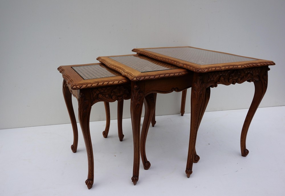 Nest of tables Louis XV French oak and wicker