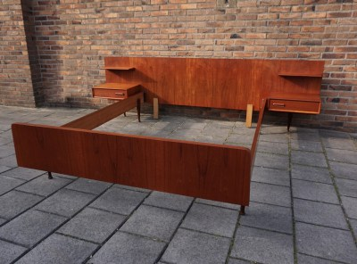 louis van teeffelen, webe, teak, bed, floating, night, stands, nachtkastjes