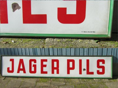Groot Emaille Reclame Bord/Enamel Sign Jager Pils, 1954