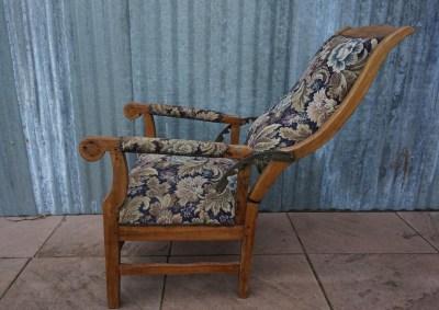 Antieke Lounge Stoel.Meubelen Furniture