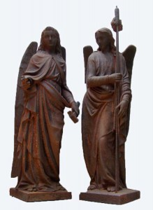 Antieke gietijzeren engelen, pair of large cast iron angels