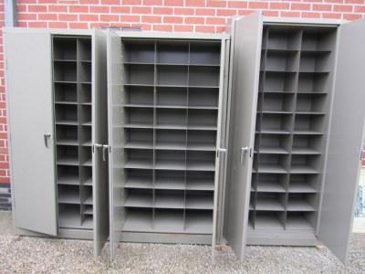 Metalen Kast Retro : Retro vintage metalen vakkenkast archiefkast met vakken