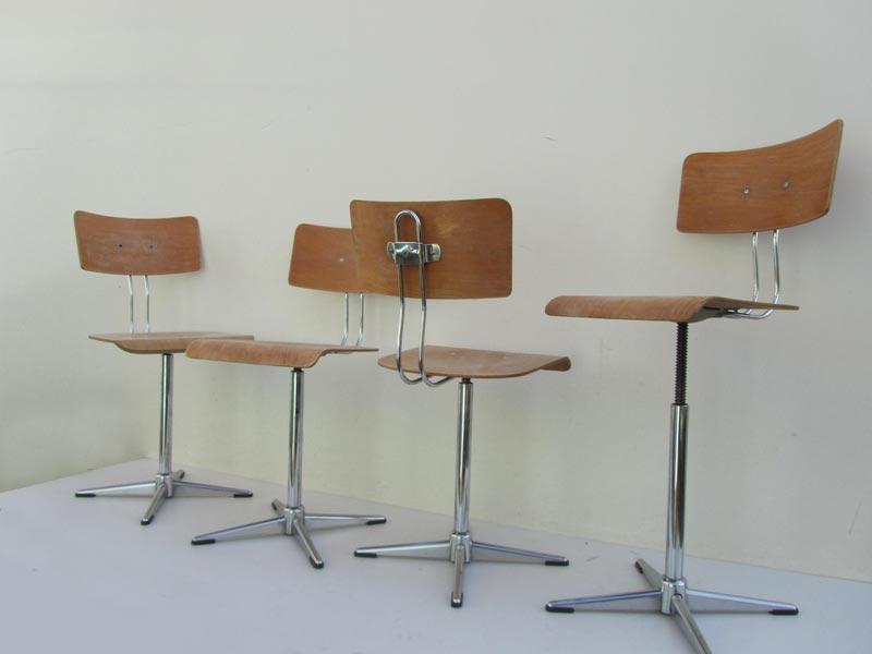 Industriele Bureau Stoel.4 Vintage Industriele Draaistoelen Bureaustoelen Schoolstoelen