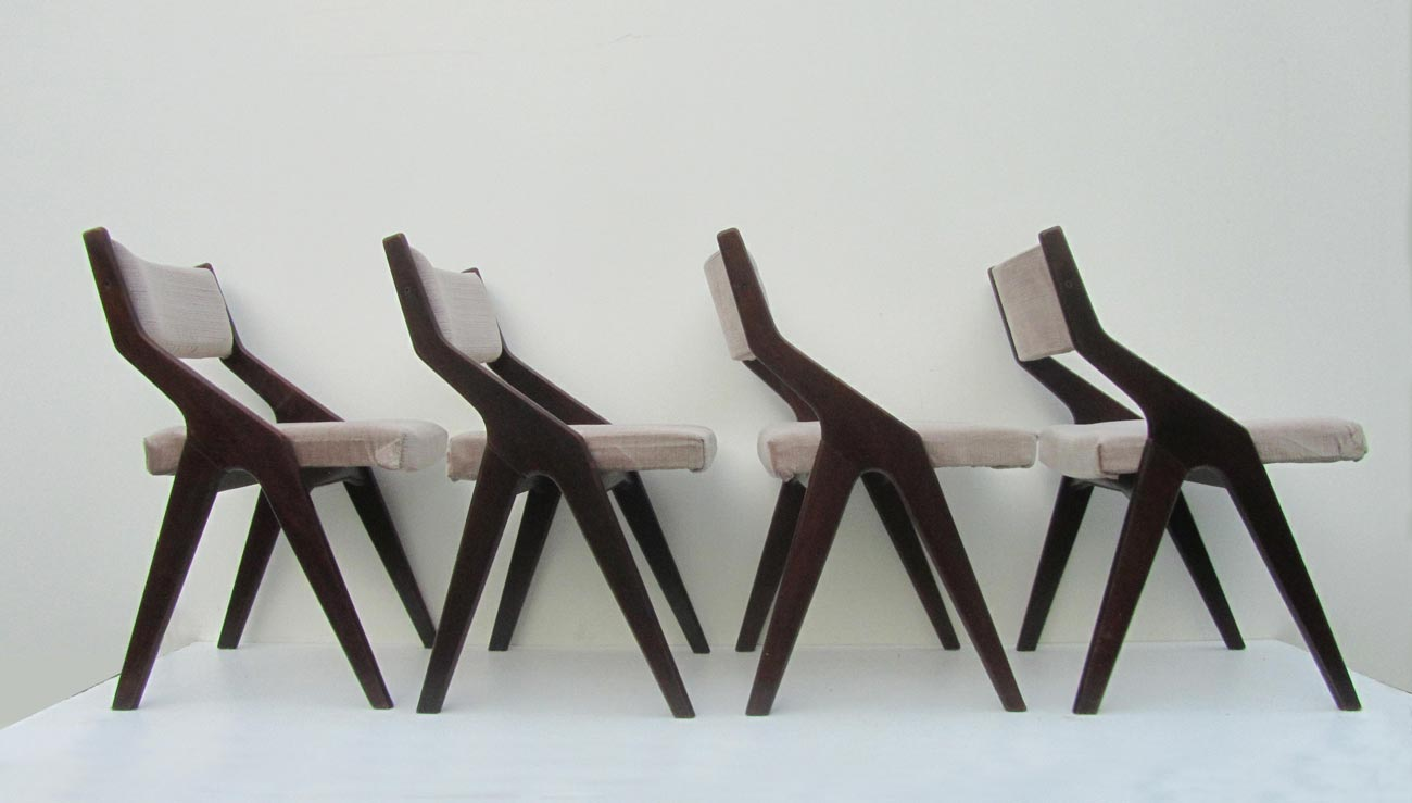 5x Designer Eetkamerstoelen : Dining chairs with compass style frames