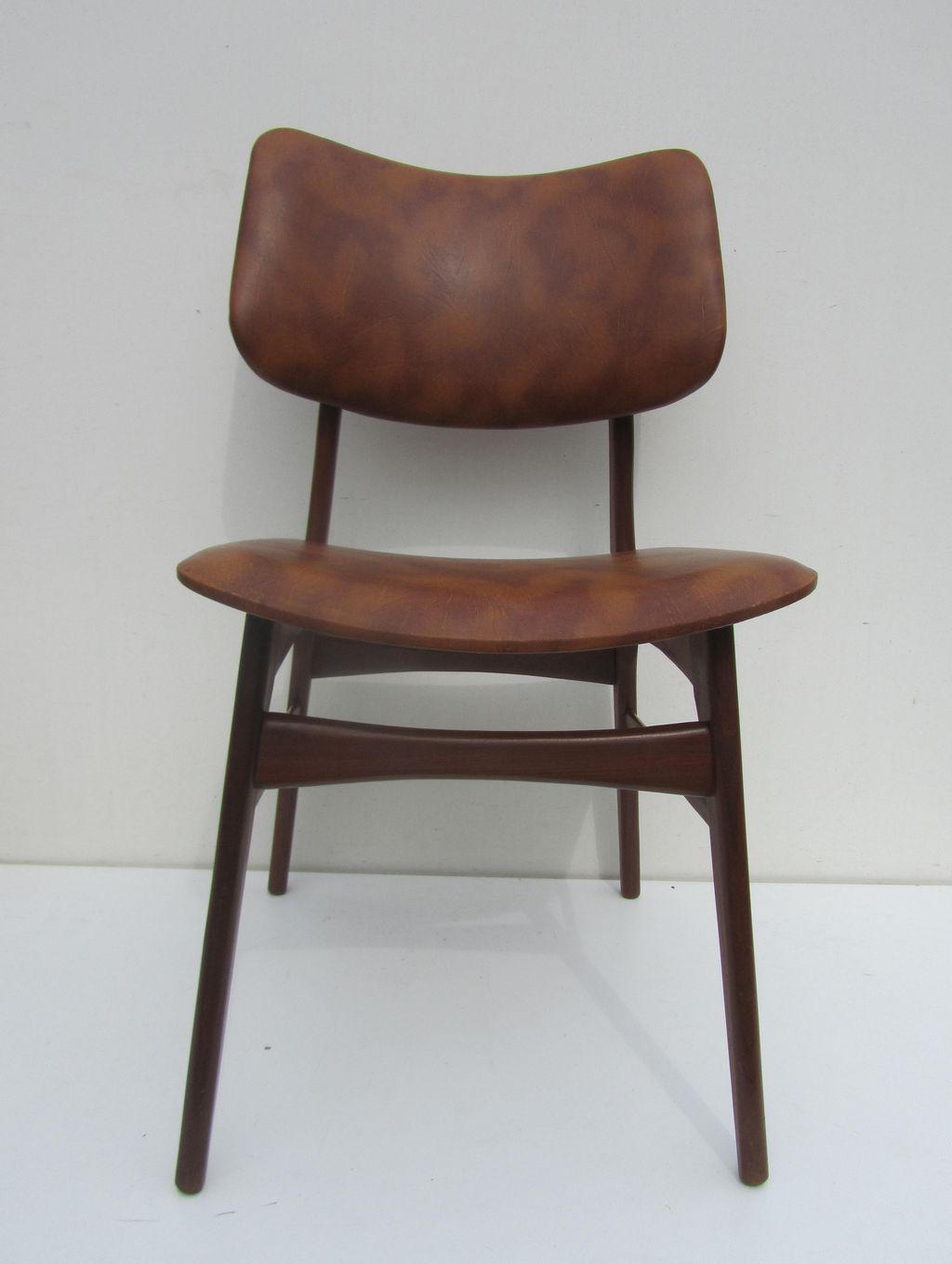Vintage retro teak en skai stoelen eetkamerstoelen for Eetkamerstoelen scandinavisch