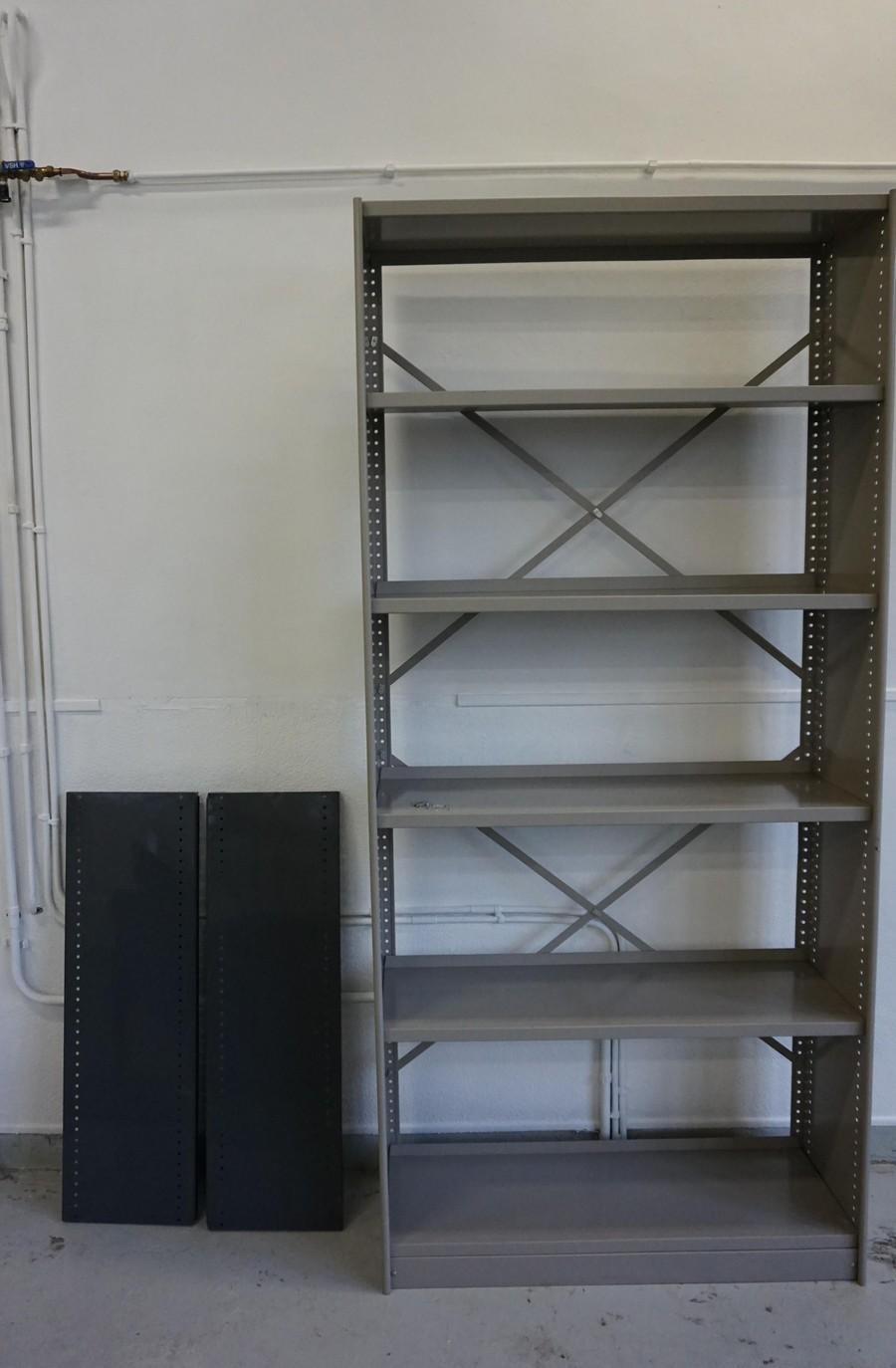 Industri u00eble vintage metalen kast, boekenkast, wandkast Stabilux ontworpen door Friso Kramer voor