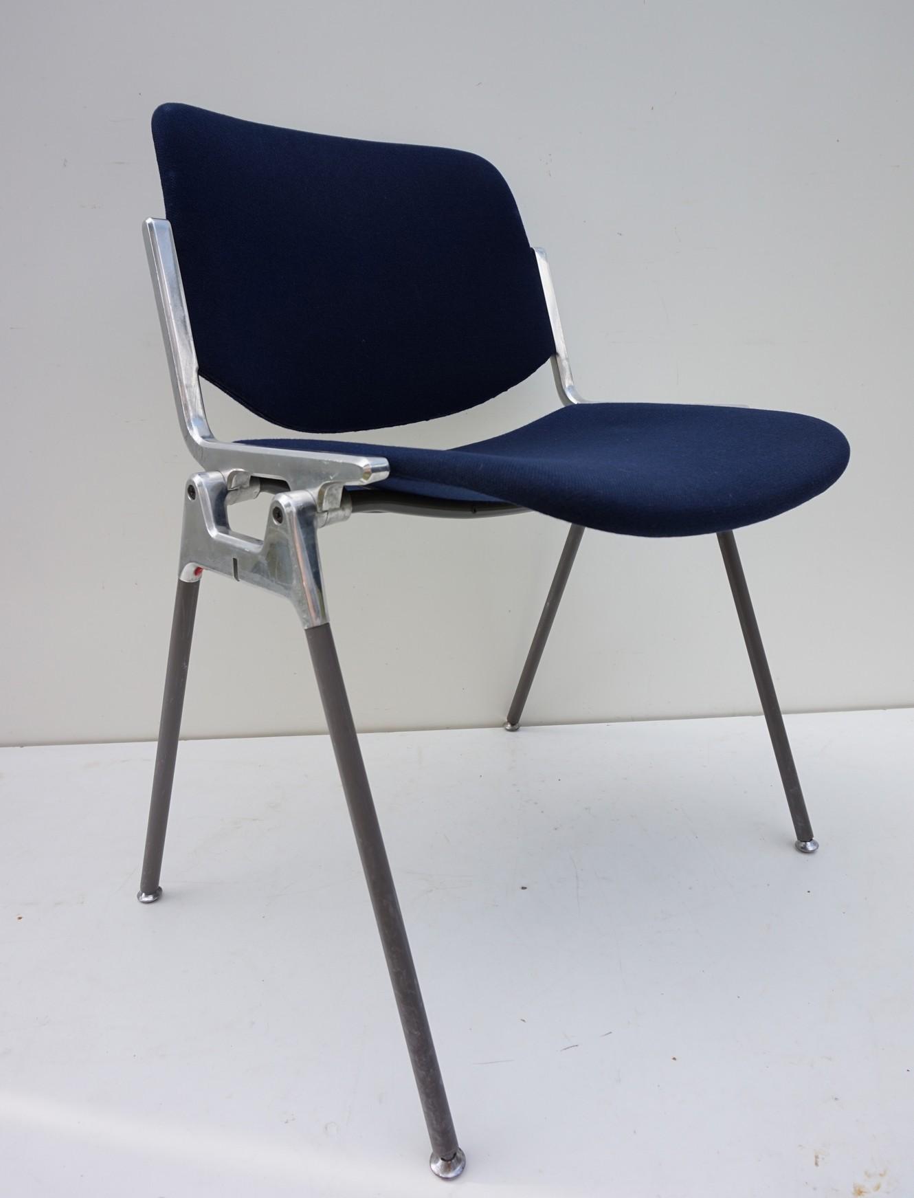 Giancarlo Piretti Design.Dsc 106 Chairs By Giancarlo Piretti For Castelli