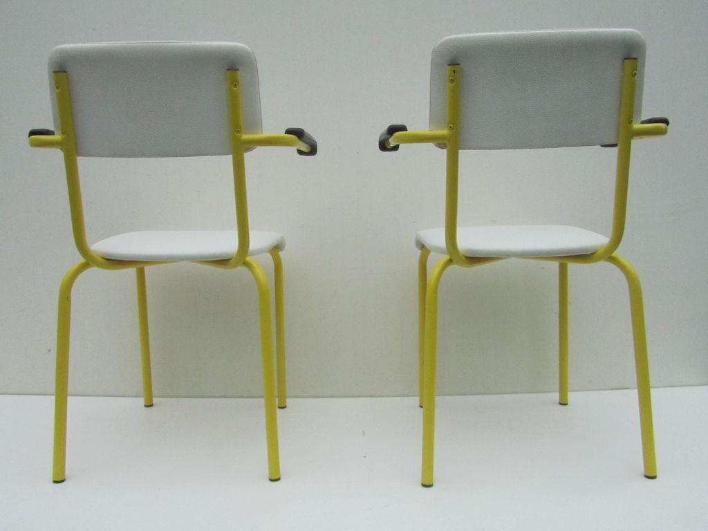 Set van 2 industriele vintage armstoelen kantoorstoelen for Kantoorstoelen