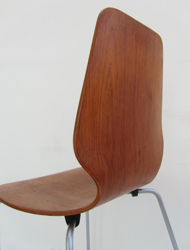 Vintage deense school plywood stoel in de stijl van arne for Deense meubels vintage